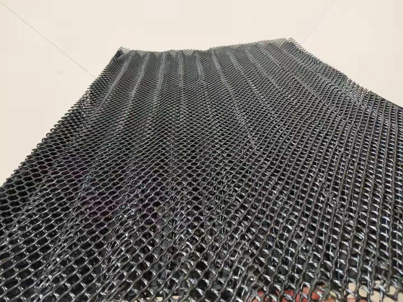 汽车防飞溅挡泥板设备,网格吸收式挡板生产线