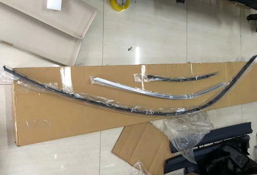 宝马G12车顶压条 三元催化 发电机 空调泵