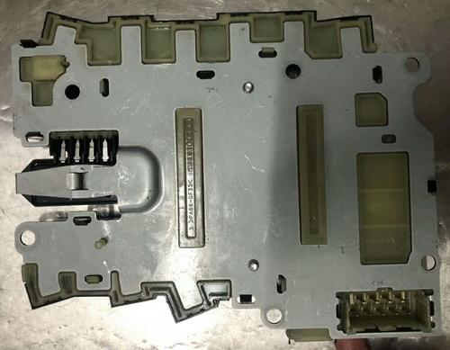 英菲尼迪G25波箱电脑 助力泵 汽油泵 方向盘 水泵