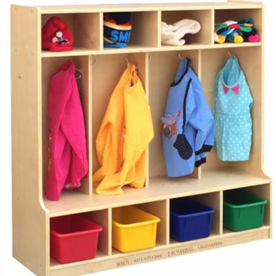 学前教育儿童衣帽柜