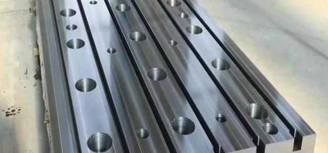 铸铁T型槽平台不仅精度稳定,而且坚固耐用。